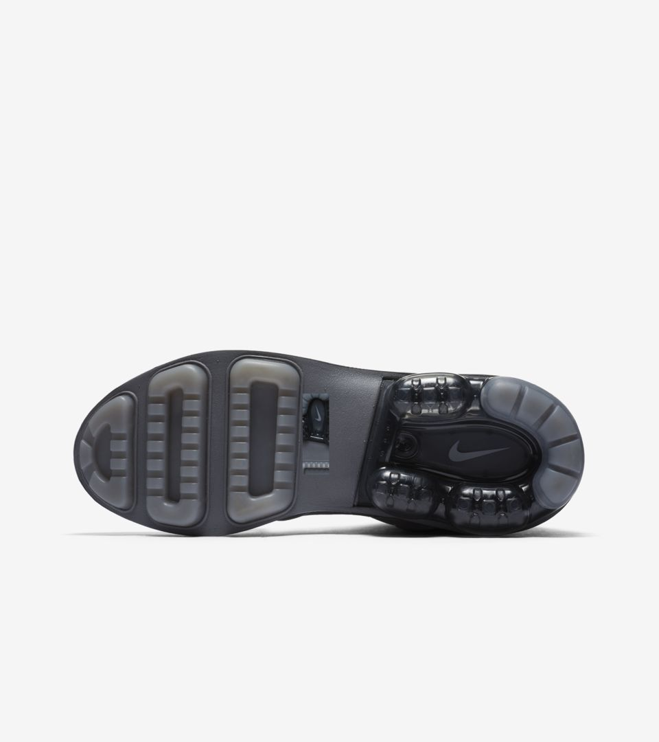 4a30a2d3b5 Women's Nike Vapormax Light II 'Atmosphere Grey & Gunsmoke' Release Date.  Nike+ SNKRS