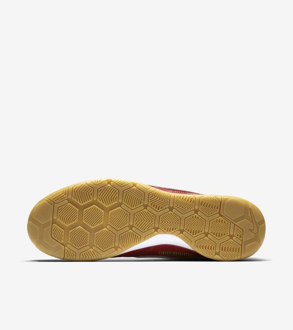 Nike Sb Gato Qs Supreme 'Gym Red & White & Cyber' Release Date