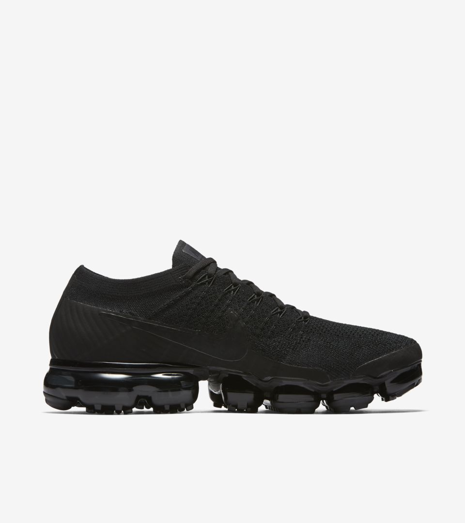 ce563e9144cc9 Nike Air VaporMax  Black   Anthracite   White  Release Date. Nike⁠+ ...