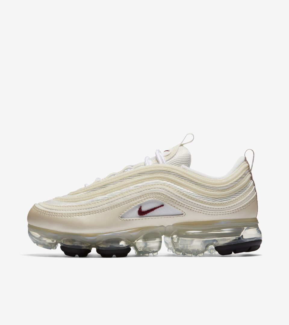 size 40 f7b78 05ef3 Nike Women's Air VaporMax 97 'Metallic Cashmere & Team ...