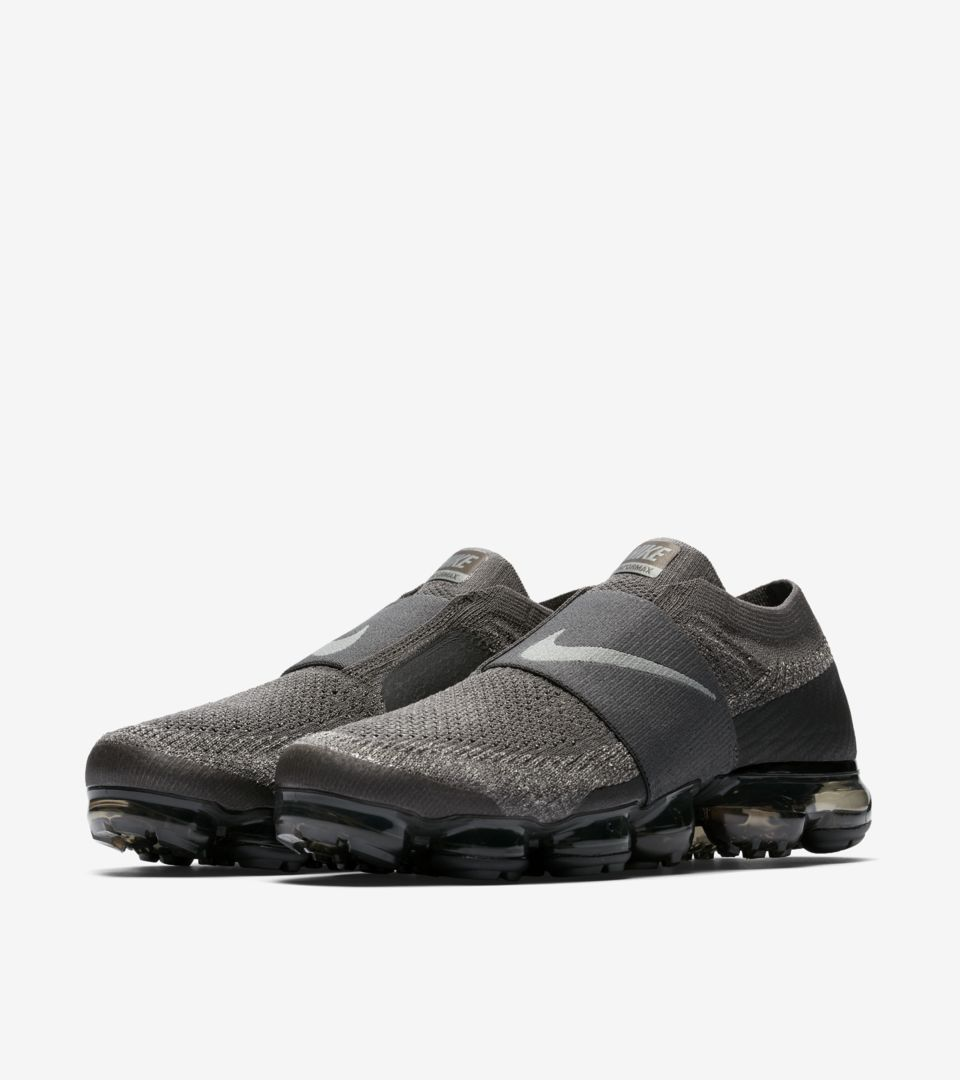 7067bed10576 Nike Air Vapormax Moc  Midnight Fog   Legion Green  Release Date ...