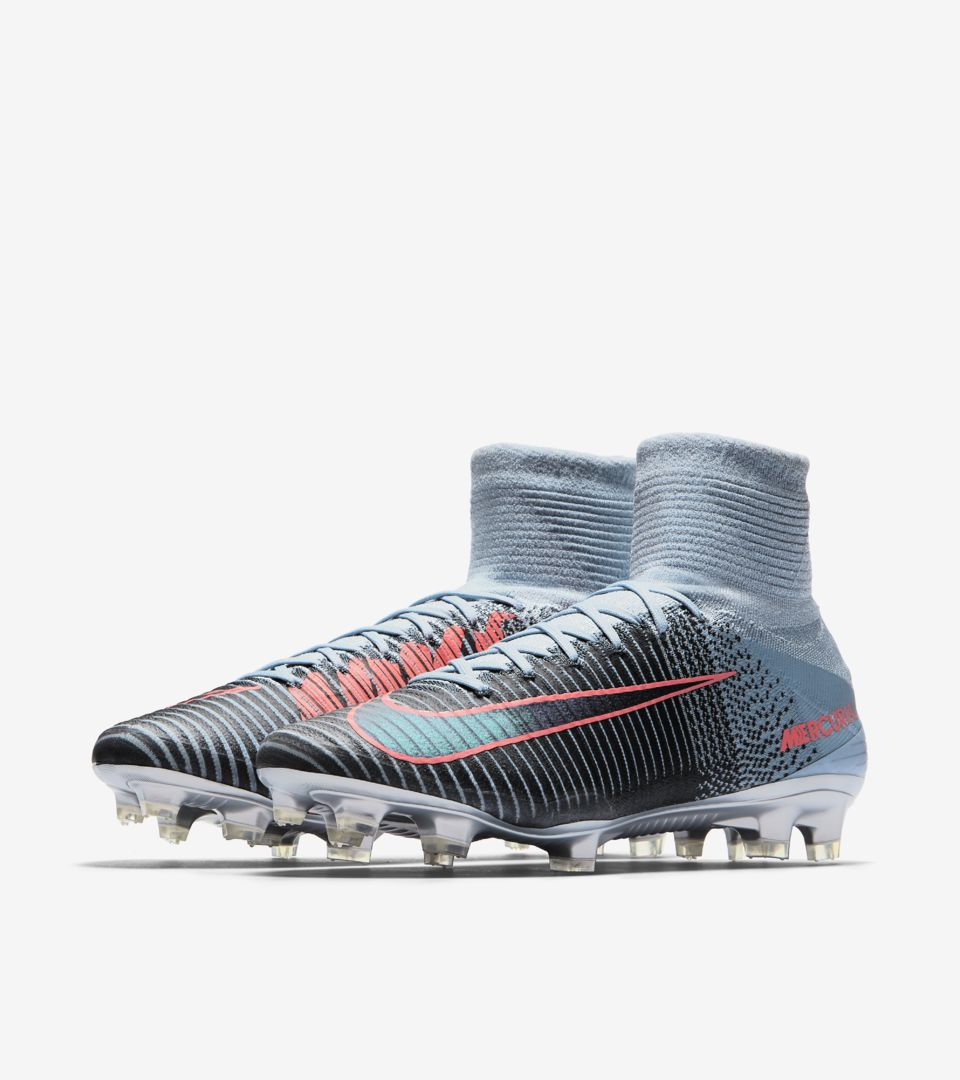nike mercurial superfly 5 39 rising fast nike soccer bootroom. Black Bedroom Furniture Sets. Home Design Ideas