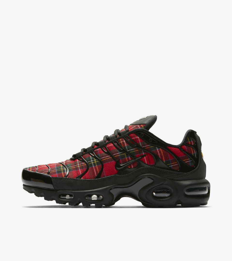 official photos cbacb 68721 Women's Air Max Plus TN SE 'Tartan' Release Date. Nike⁠+ SNKRS