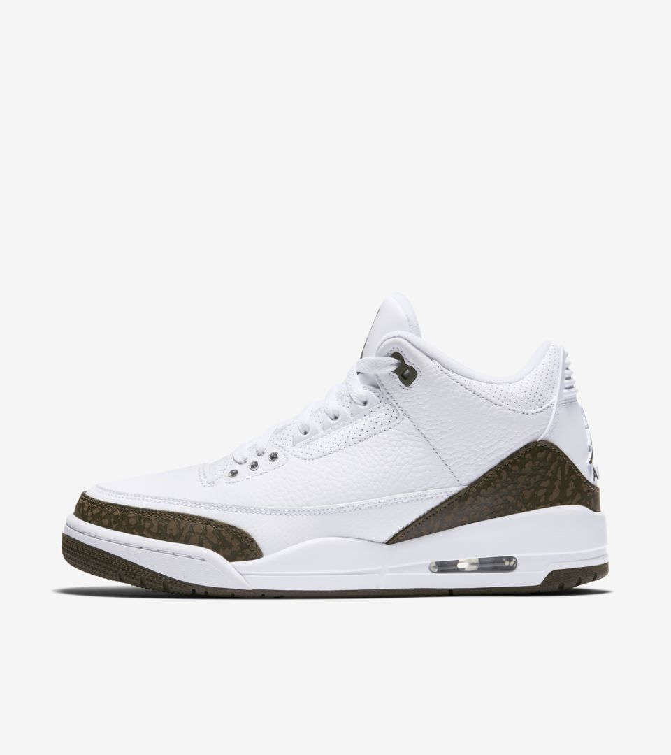 best deals on 07914 33a88 Air Jordan 3 Retro 'White & Chrome & Dark Mocha' Release ...