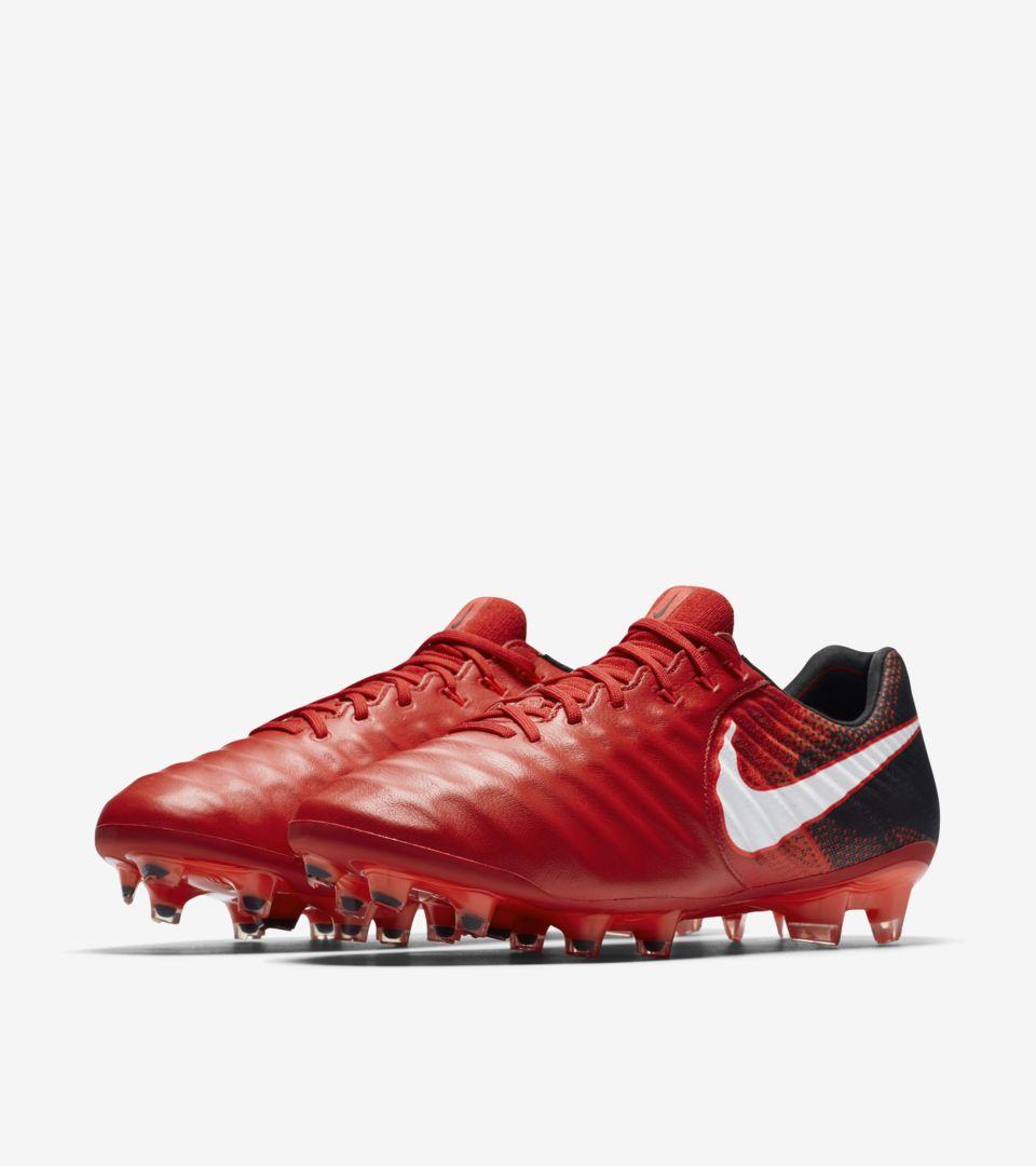 e30e02a836c Nike Tiempo Legend Play Fire. Nike.com FR