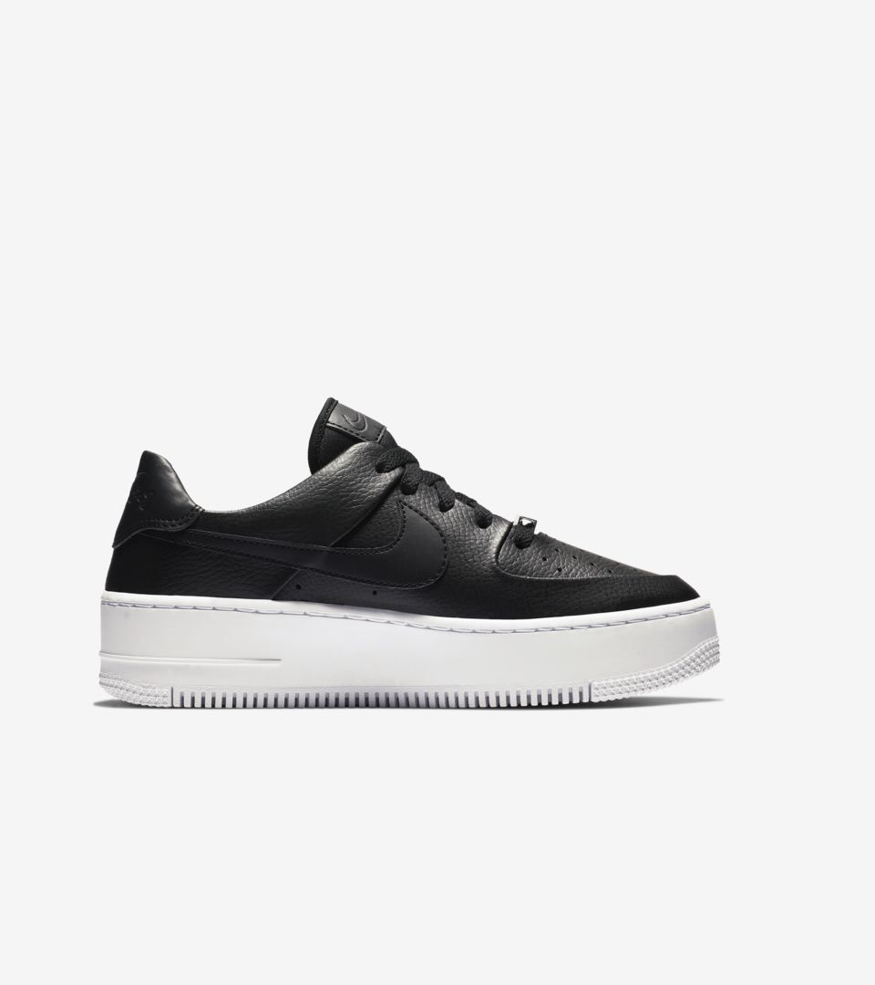 Women's Air Force 1 Sage Low 'Black & White' Release Date
