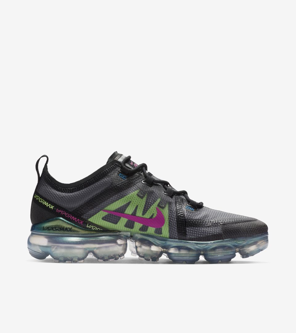 Nike Air Vapormax 2019 'Black & Active Fuschia' Release Date