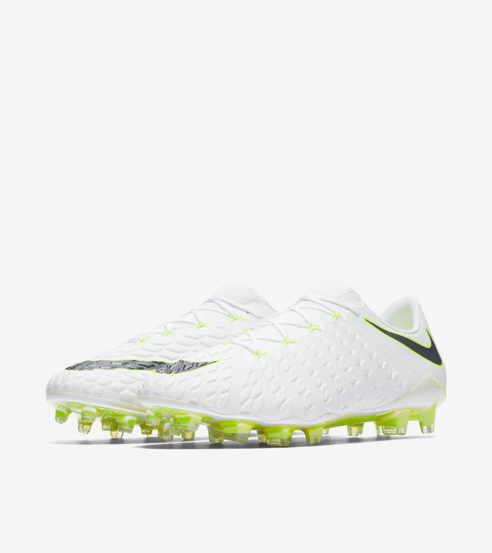 sports shoes 1d6db 7b171 Hypervenom Phantom III FG. Nike.com