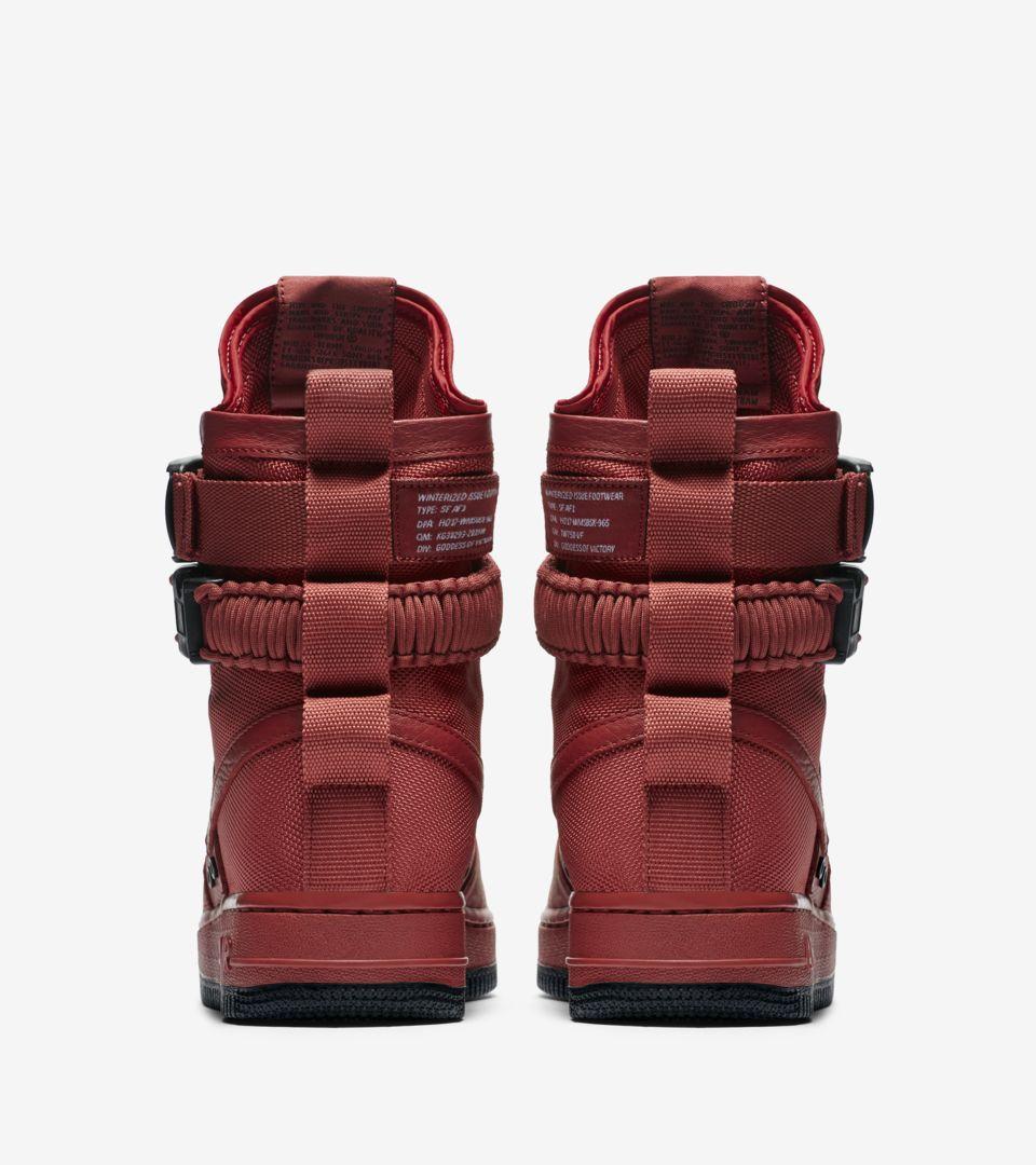 premium selection 02551 e8bb1 Nike Women's SF AF-1 'Cedar' Release Date. Nike+ SNKRS