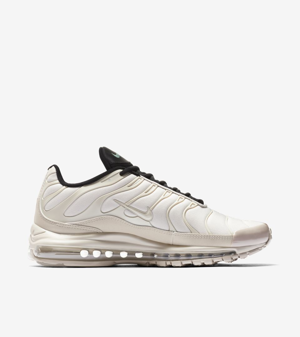 huge selection of b6df2 afe93 Nike Air Max 97/Plus 'Light Orewood Brown' Release Date ...
