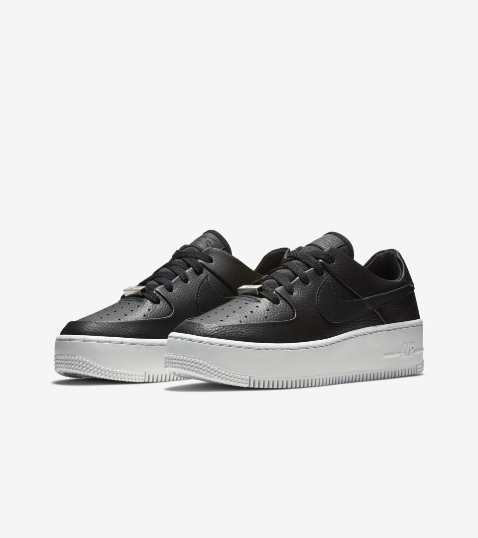 Women s Air Force 1 Sage Low  Black   White  Release Date. Nike⁠+ SNKRS 61b51ba627