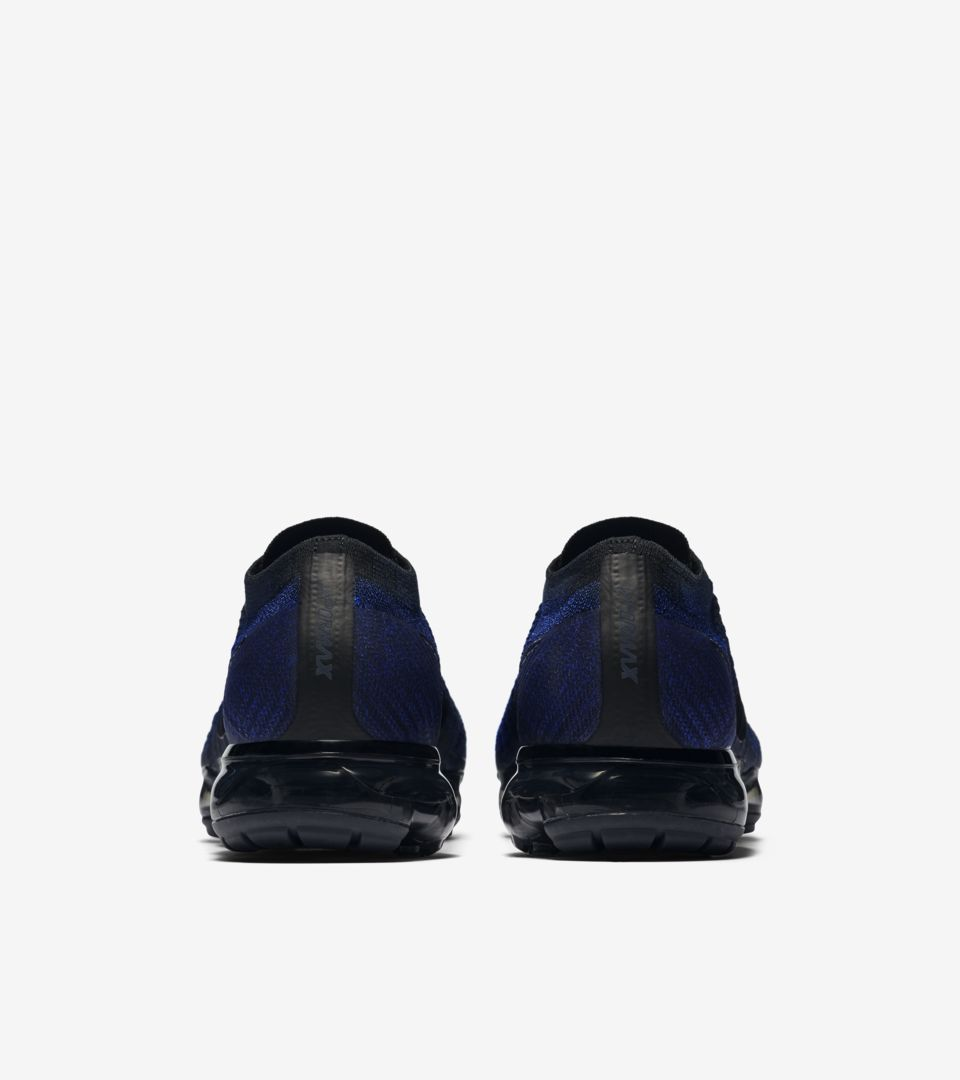 Nike Air VaporMax Flyknit Day to Night  College Navy . Nike⁠+ Launch GB e36205466095