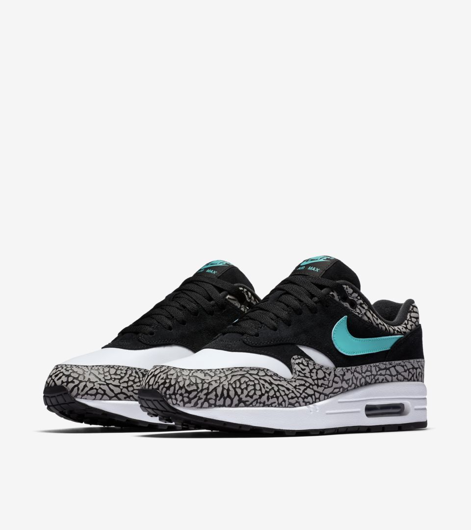 cheap for discount 2a561 cde9a Nike Air Max 1 Retro Atmos. Nike⁠+ SNKRS