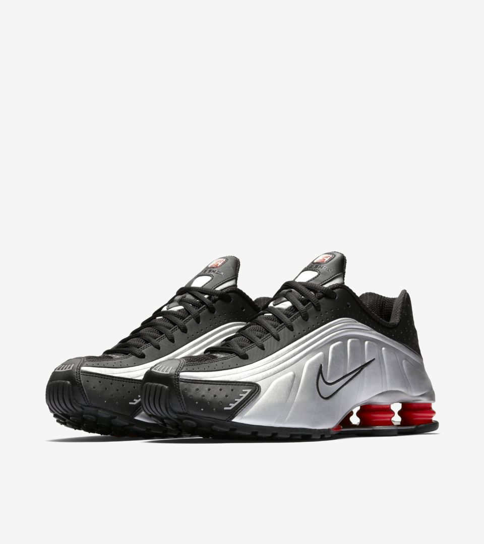 Nike Shox R4 'Black & Metallic Silver & Max Orange' Release Date