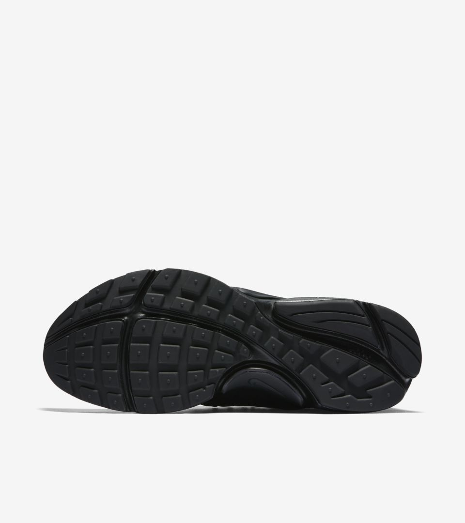 huge selection of 6714d 412ae Women's Nike Air Presto Premium 'Triple Black'. Nike+ SNKRS
