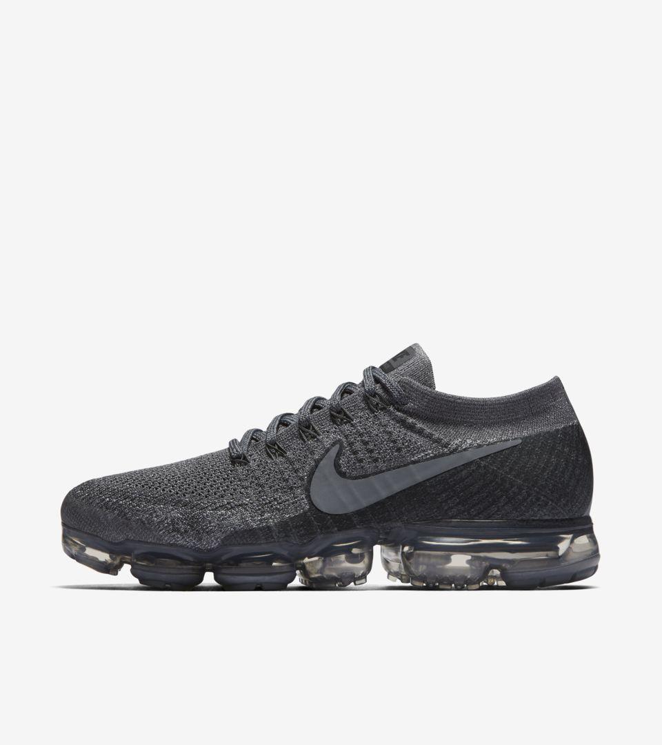 b521727824b7 Nike Air VaporMax  Cool Grey   Dark Grey  Release Date. Nike+ SNKRS