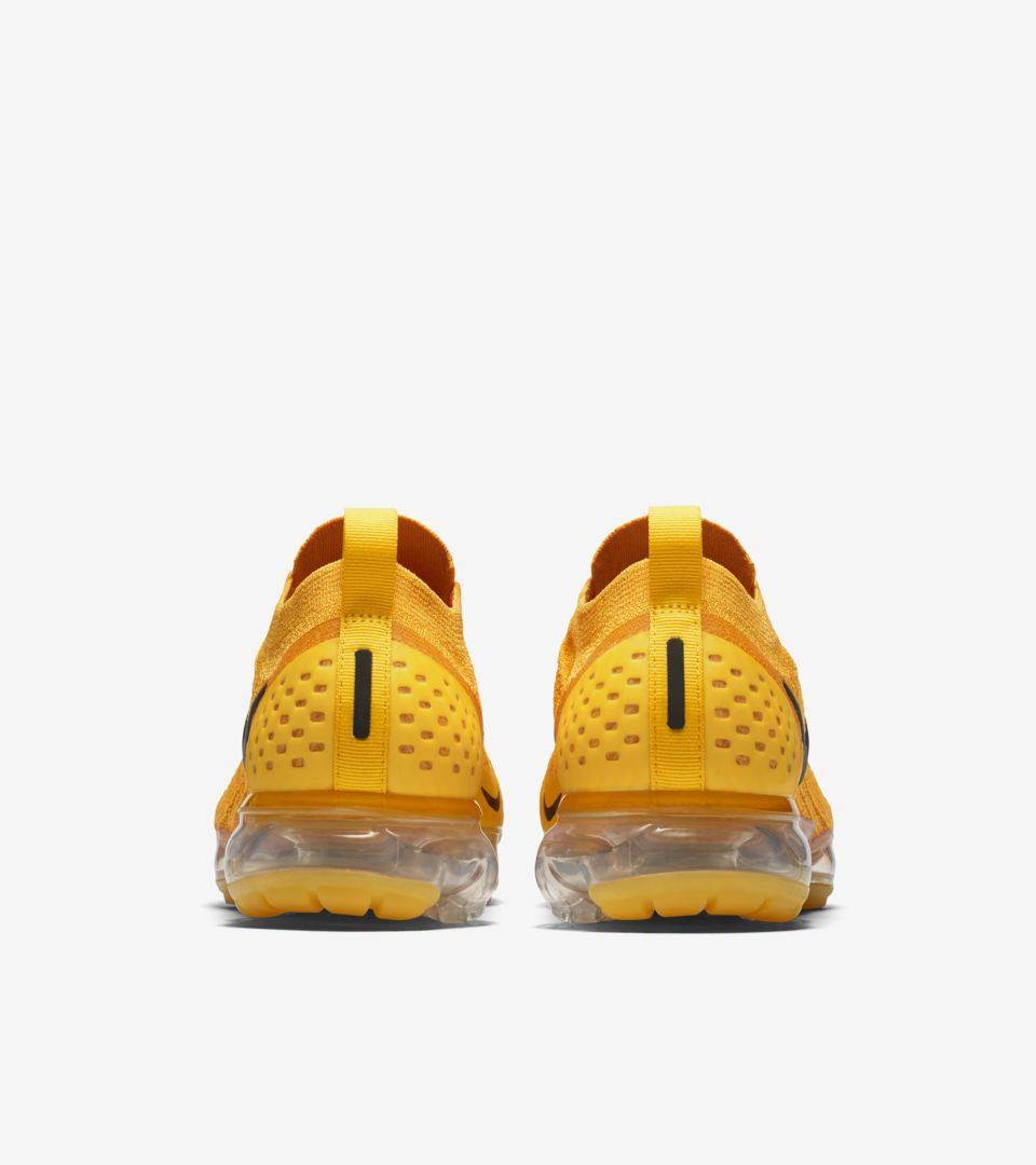 promo code 27ff0 65e27 Nike Women's Air Vapormax Moc 2 'University Gold & Black ...