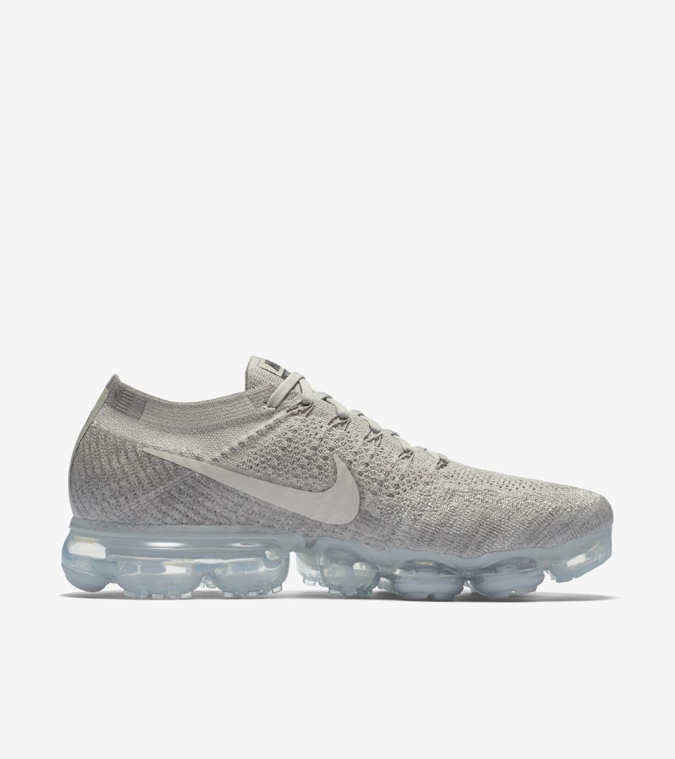652d9b7c1e519 Shop all Nike Soccer. AIR VAPORMAX AIR VAPORMAX AIR VAPORMAX ...