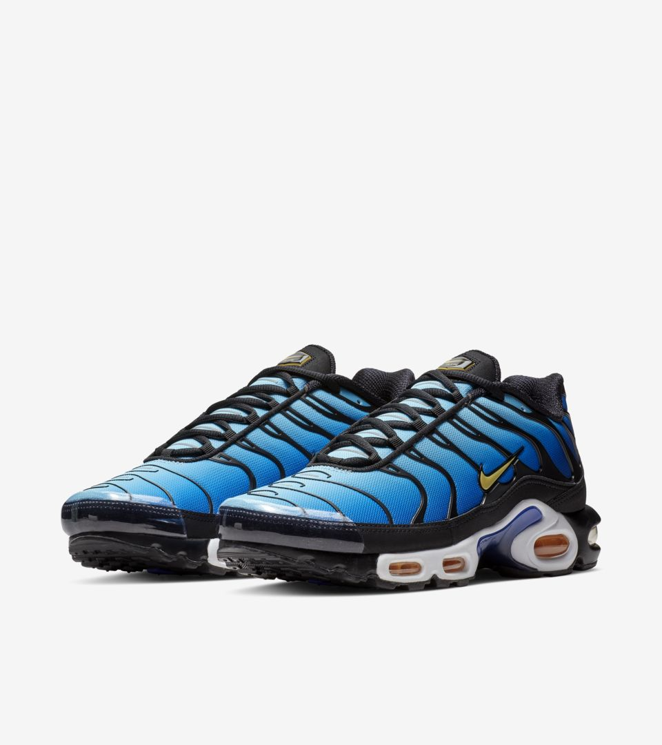 Nike Air Max Plus OG 'Black & Hyper Blue' Release Date