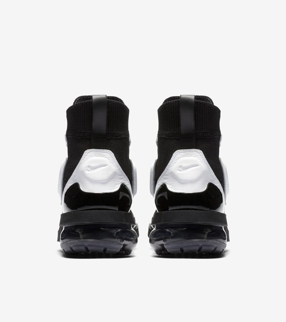 cheaper a0f4b e3e3a Women's Nike Vapormax Light II 'Black & White & Anthracite ...