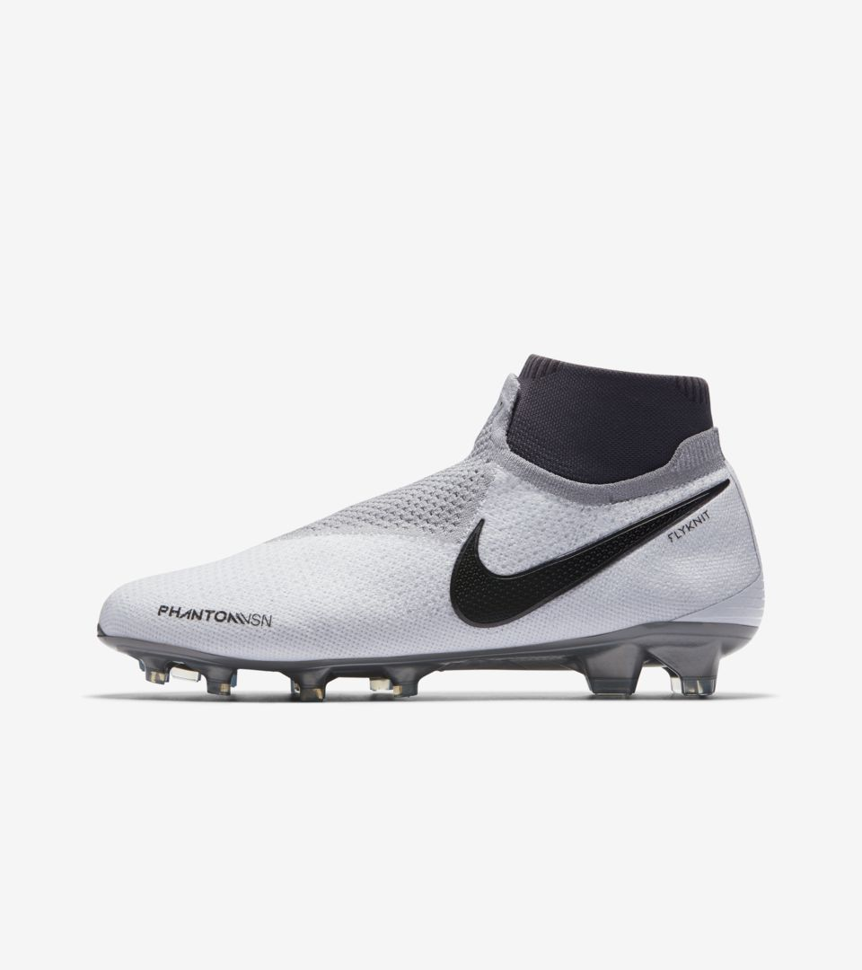 4285415d3 Nike Soccer. Raised on Concrete Phantom VSN Elite DF FG ...