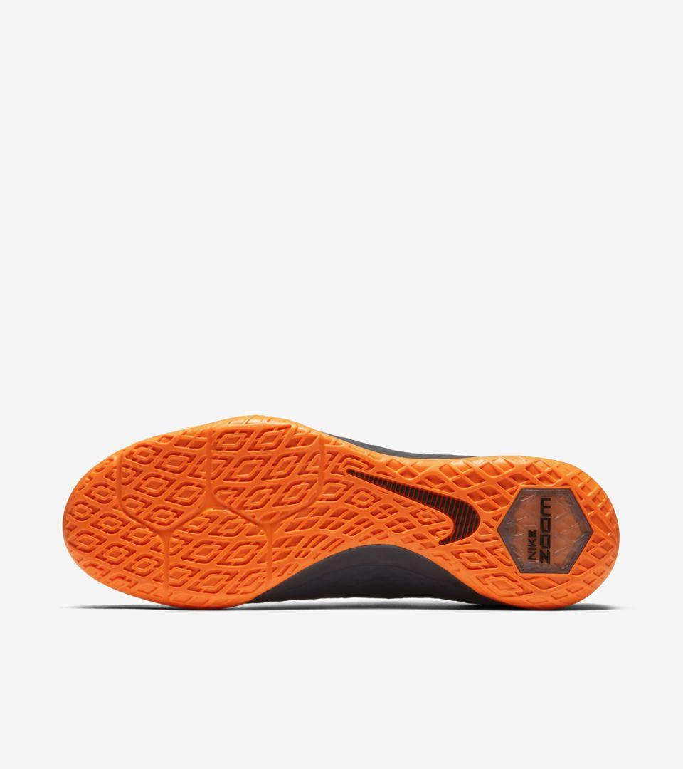 buy online 642d5 d4d35 FAST AF Hypervenom Zoom PhantomX 3 Pro IC. Nike.com