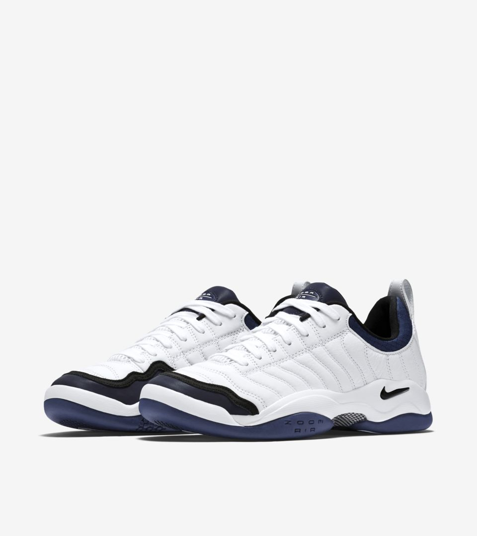 NIKECOURT AIR OSCILLATE