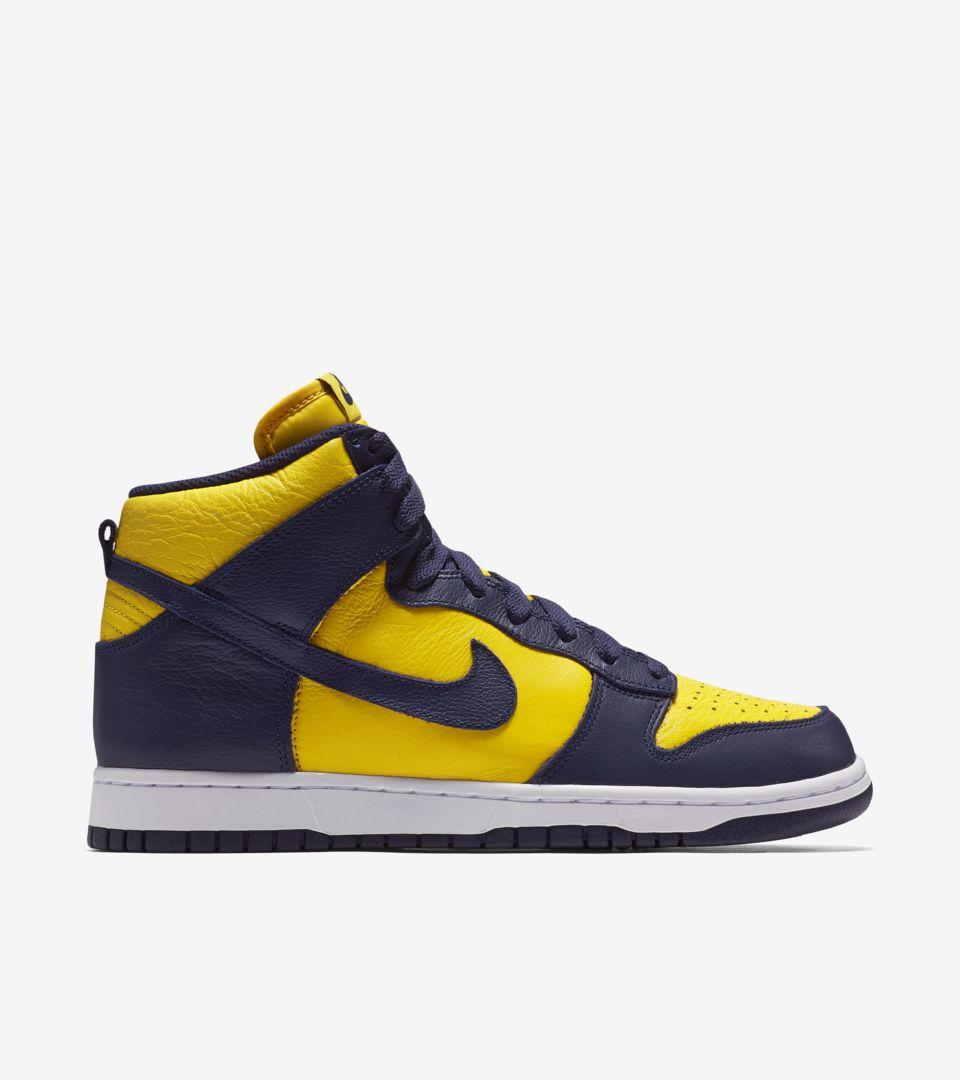 Nike Dunk High 'Michigan'. Nike SNKRS
