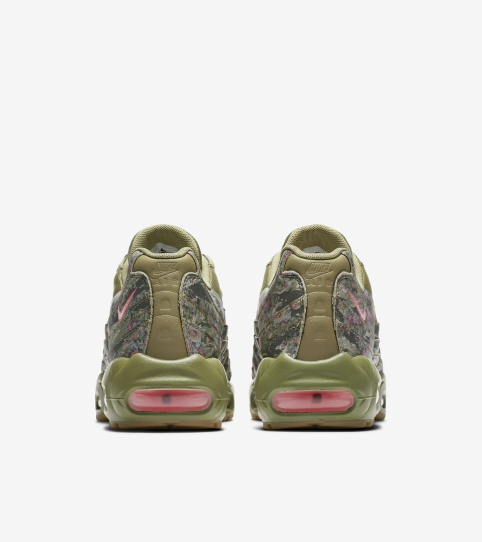 788edca0a6236c Women s Nike Air Max 95  Neutral Olive   Arctic Punch  Release Date ...