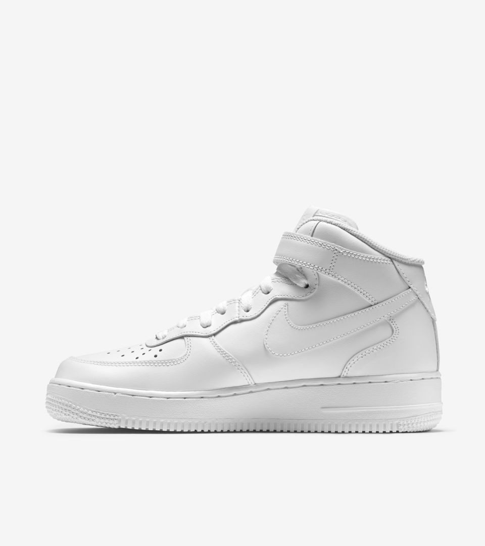 Nike Womens Air Force 1 07 Mid White