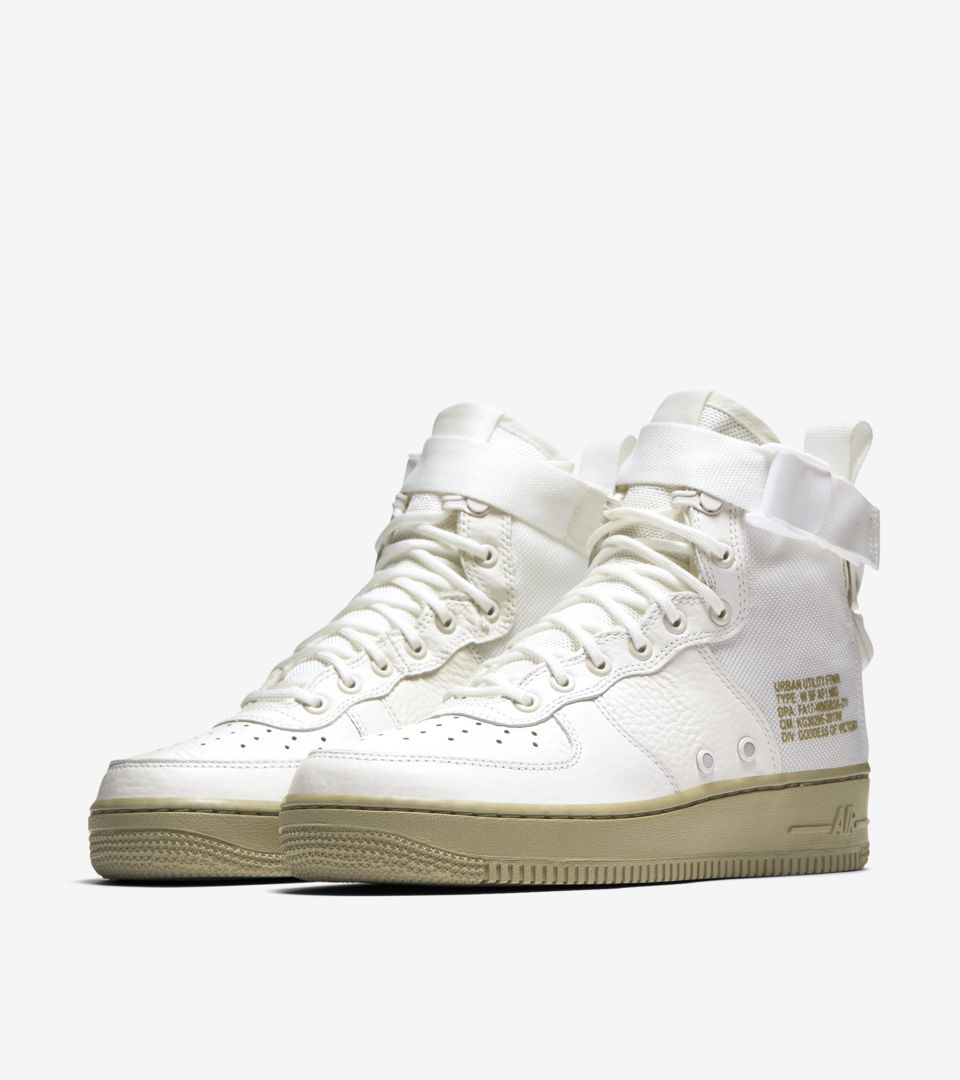 low priced cf238 98e23 Women's Nike SF AF1 Mid 'Ivory'. Nike+ Launch GB