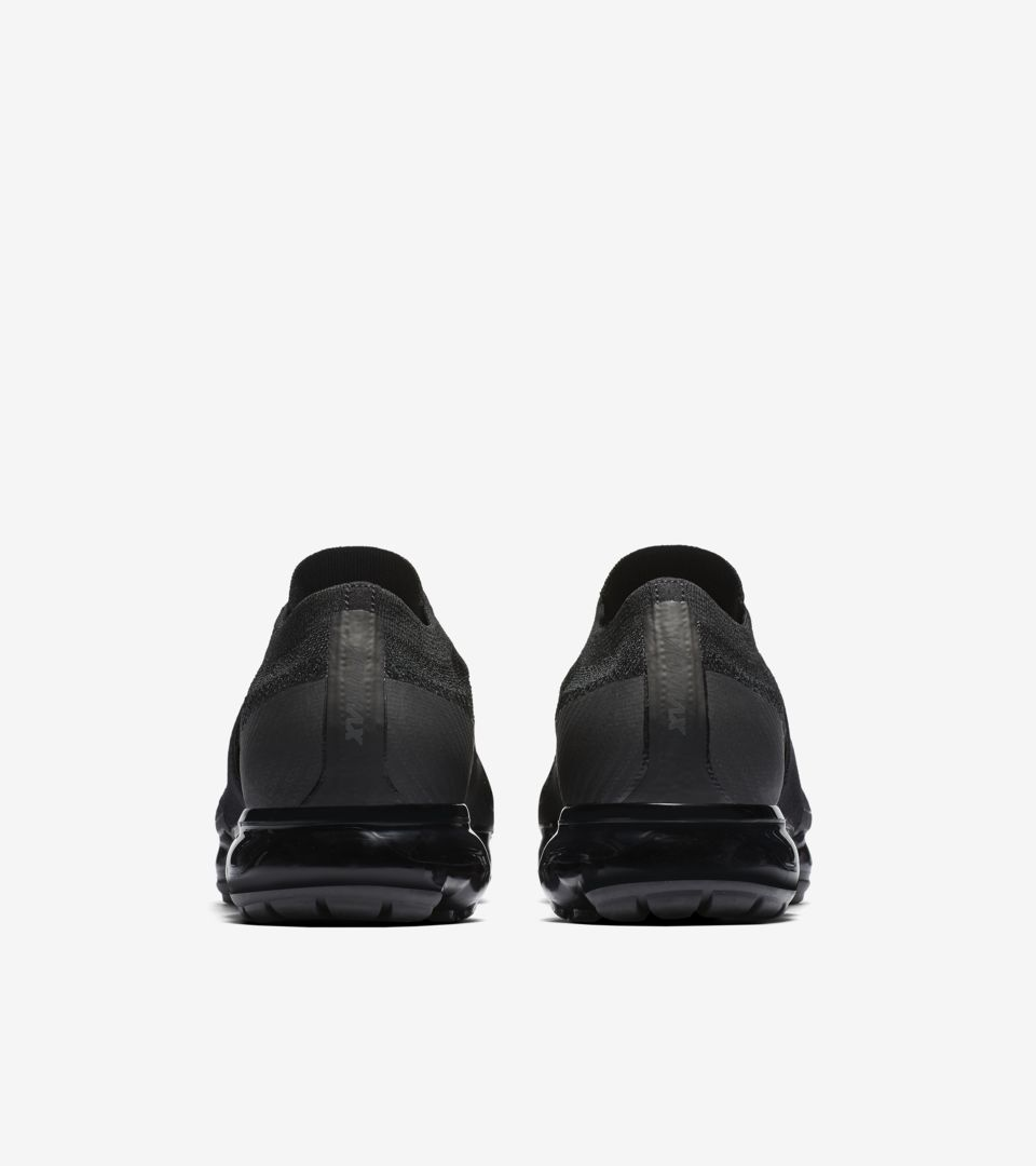 564854e22e7 Nike Air VaporMax Moc  Triple Noir  Release Date. Nike⁠+ Launch GB