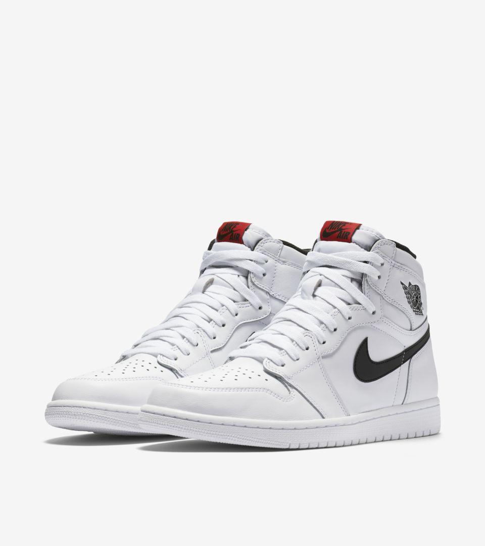 9a52ce2867c7 Air Jordan 1 Retro High OG  White   Black  Release Date. Nike+ SNKRS