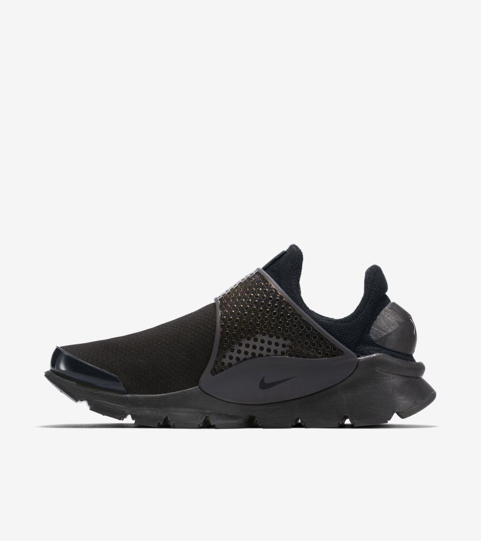1f16befedd6e Women s Nike Sock Dart  Black   Volt . Nike+ SNKRS
