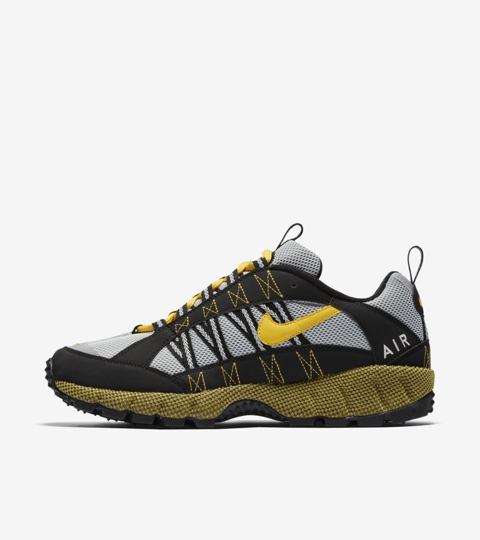 various colors 7fcbe 2d04f Nike Air Humara 'Black & Varsity Maize' Release Date. Nike⁠+ SNKRS