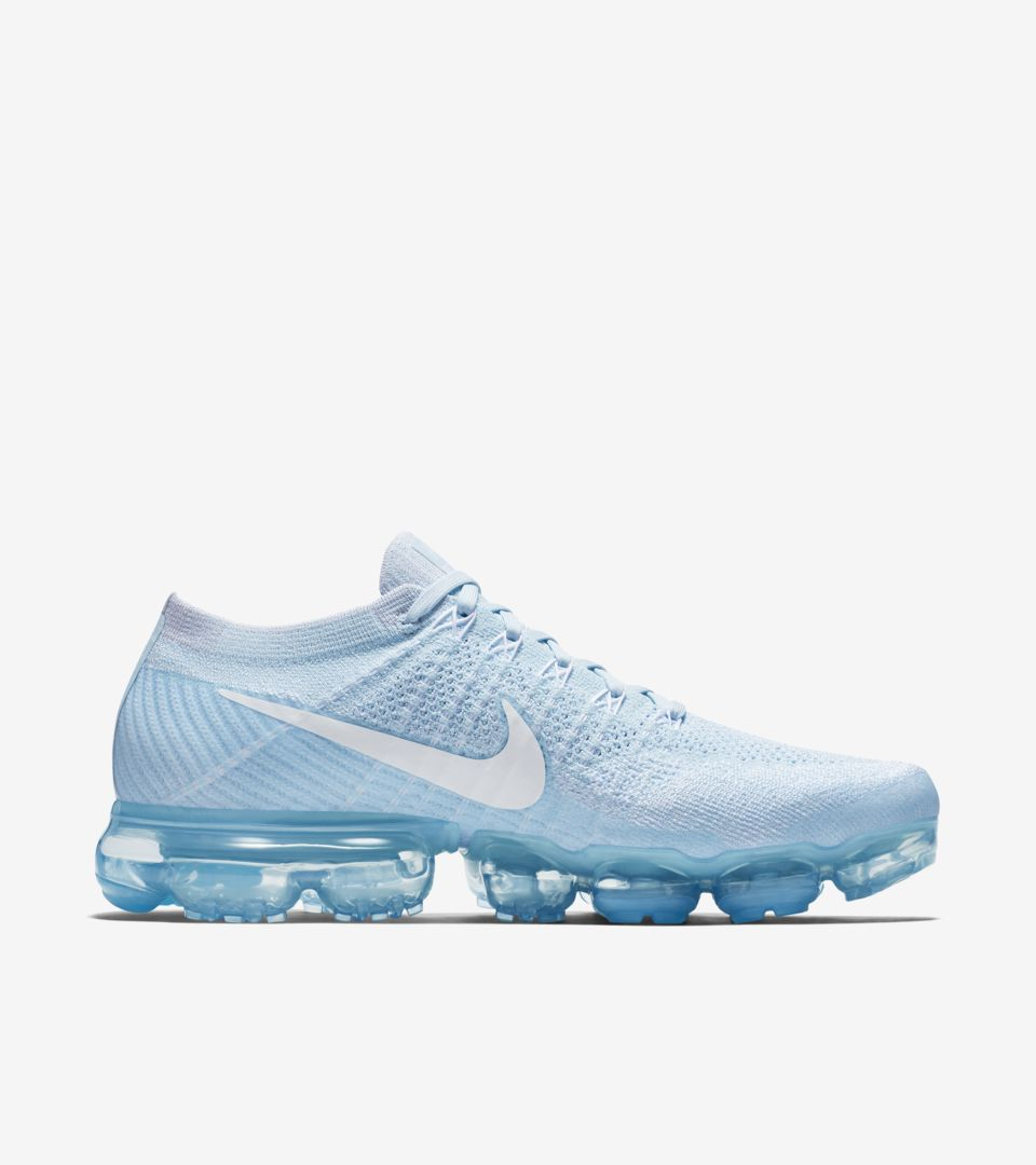best sneakers 0a9dd 40930 Nike Air VaporMax Flyknit Day to Night 'Glacier Blue'. Nike ...