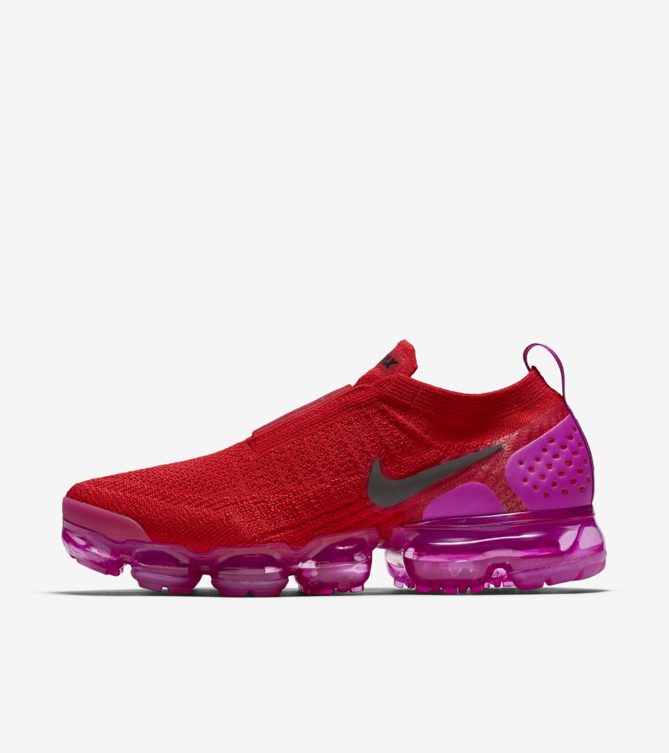 1601f2136ab Nike Women s Air Vapormax Moc 2  University Red   Fuchsia Blast ...