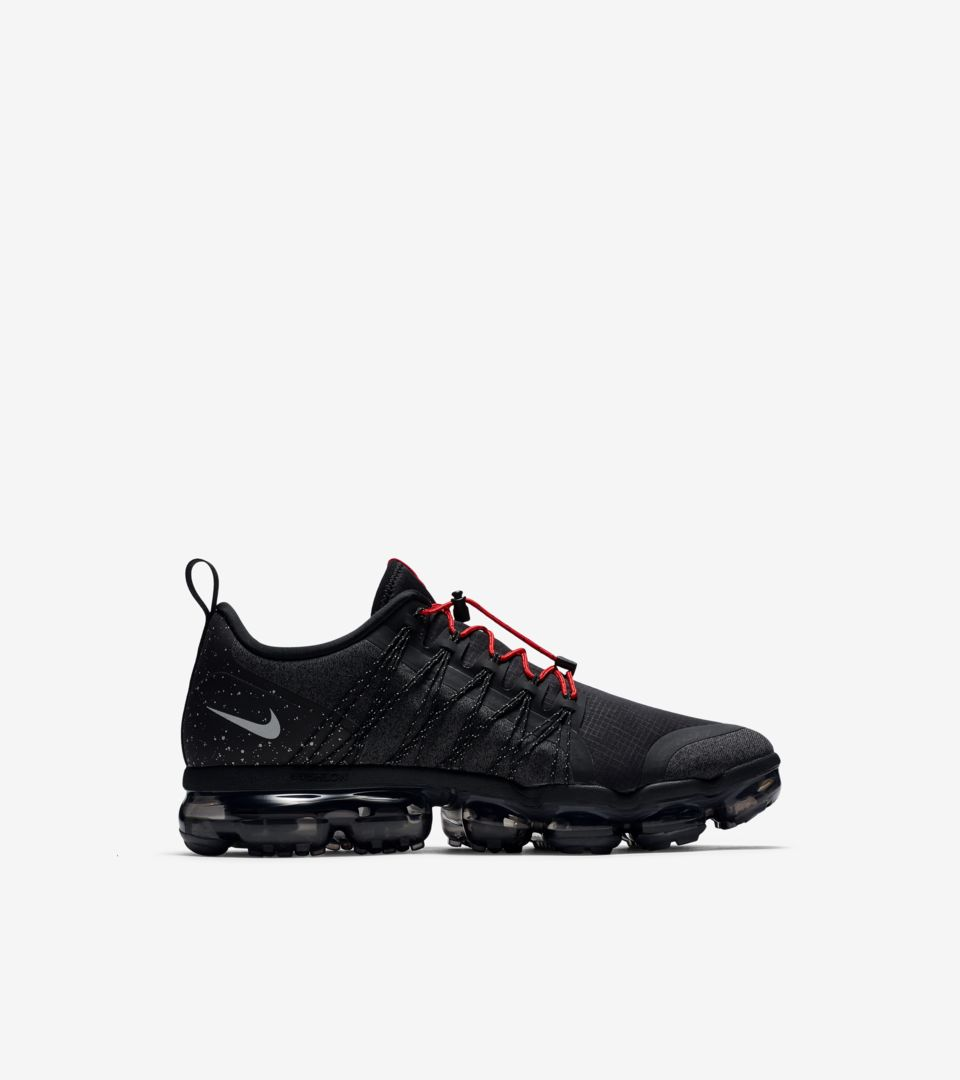 Nike Air Vapormax Run Utility 'Black & Anthracite & Habanero Red' Release Date