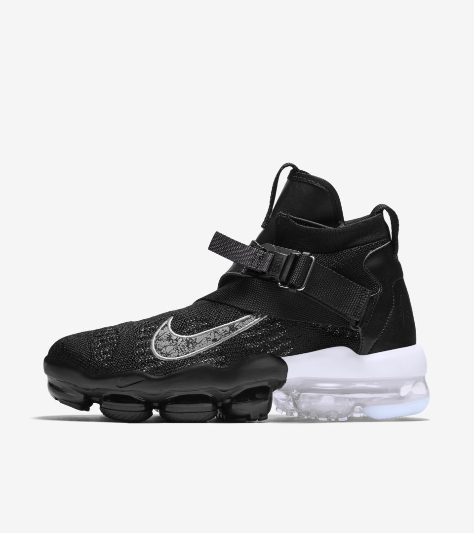 the best attitude 592cd 24b46 Vapormax Premier Flyknit 'Black & Metallic Silver & White' Release ...