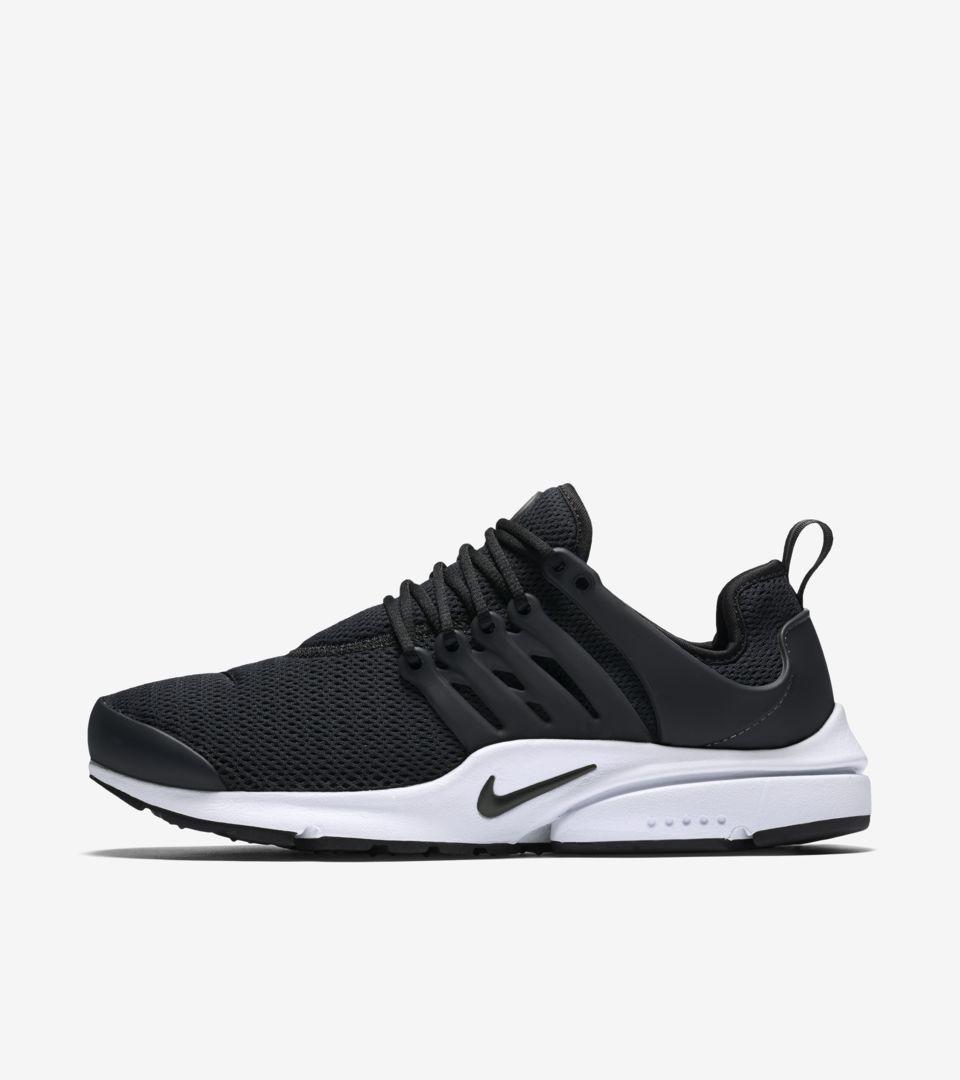 b928018b9a Women's Nike Air Presto 'Black & White' Release Date. Nike+ SNKRS