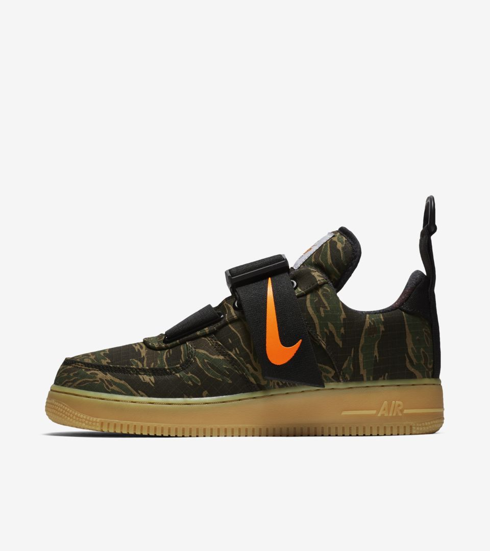 2fc595a6 Air Force 1 Utility Low Premium Carhartt WIP 'Camo Green & Gum Light Brown &