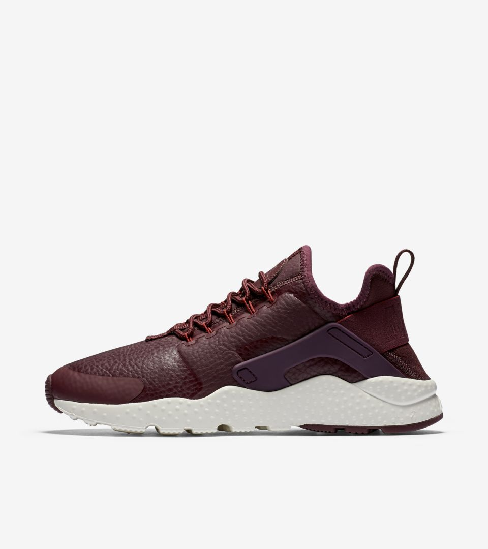WMNS AIR HUARACHE RUN ULTRA