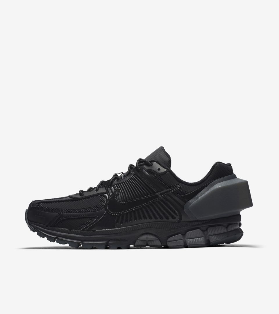 Nike Zoom Vomero 5 A Cold Wall 'Black & Reflective Silver & Anthracite' Release Date