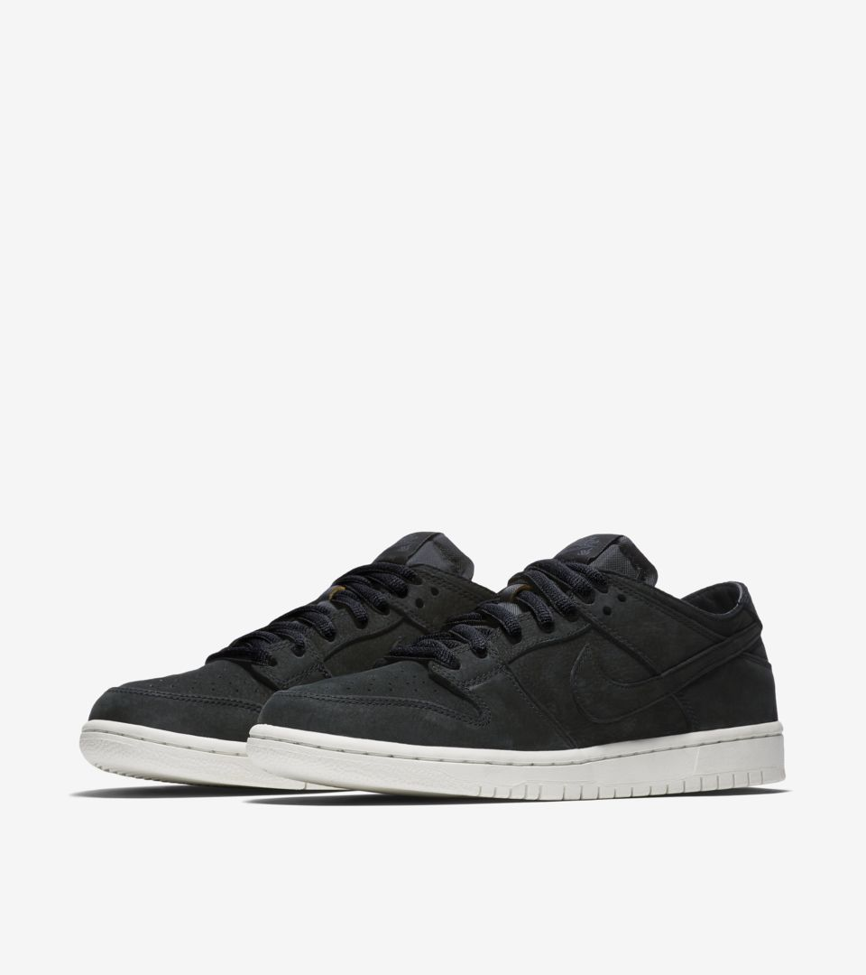 d61477775bd2 Nike SB Zoom Dunk Low Pro Decon  Black   Anthracite  Release Date ...