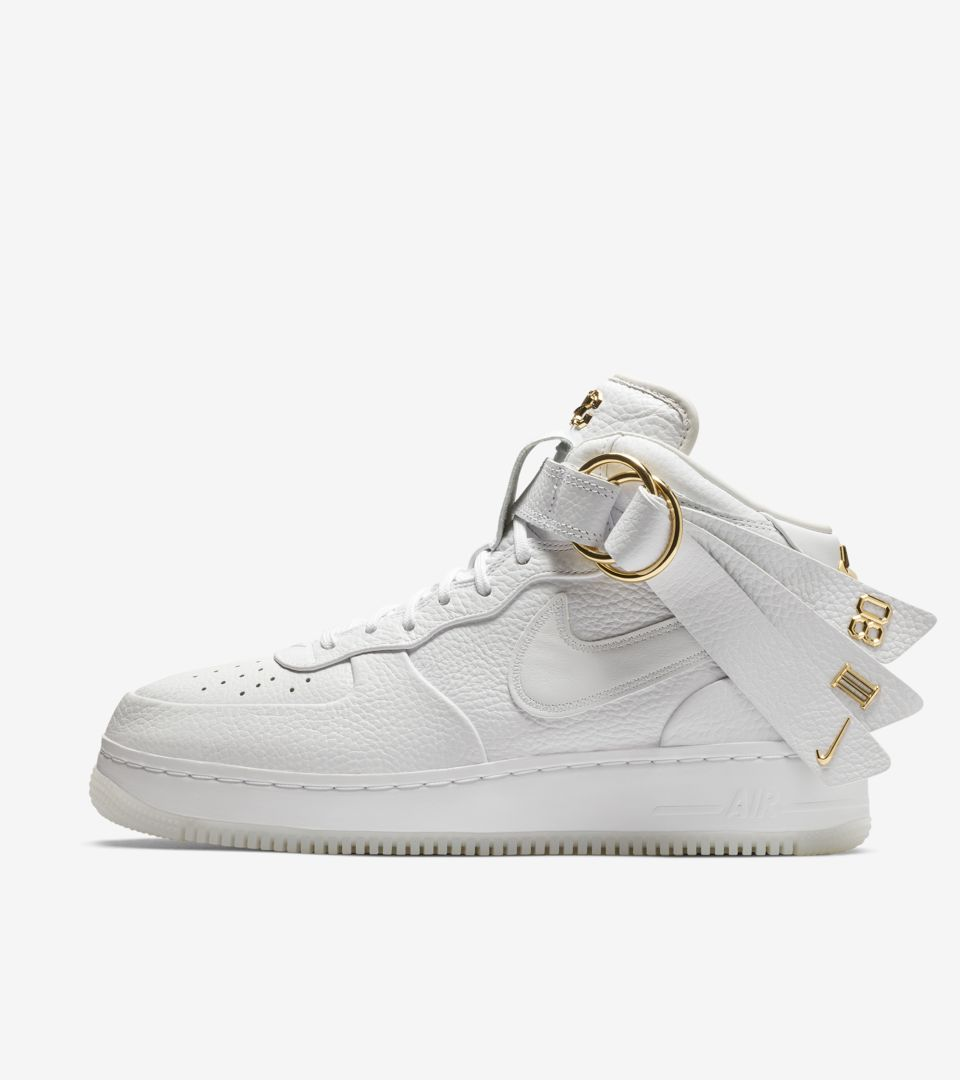 huge discount 5a0e8 73757 Air Force 1 Mid V.Cruz  Triple White  Release Date