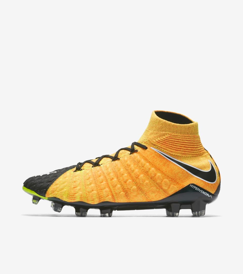 Nike - Hypervenom Phelon III AG-PRO Lock In, Let Loose