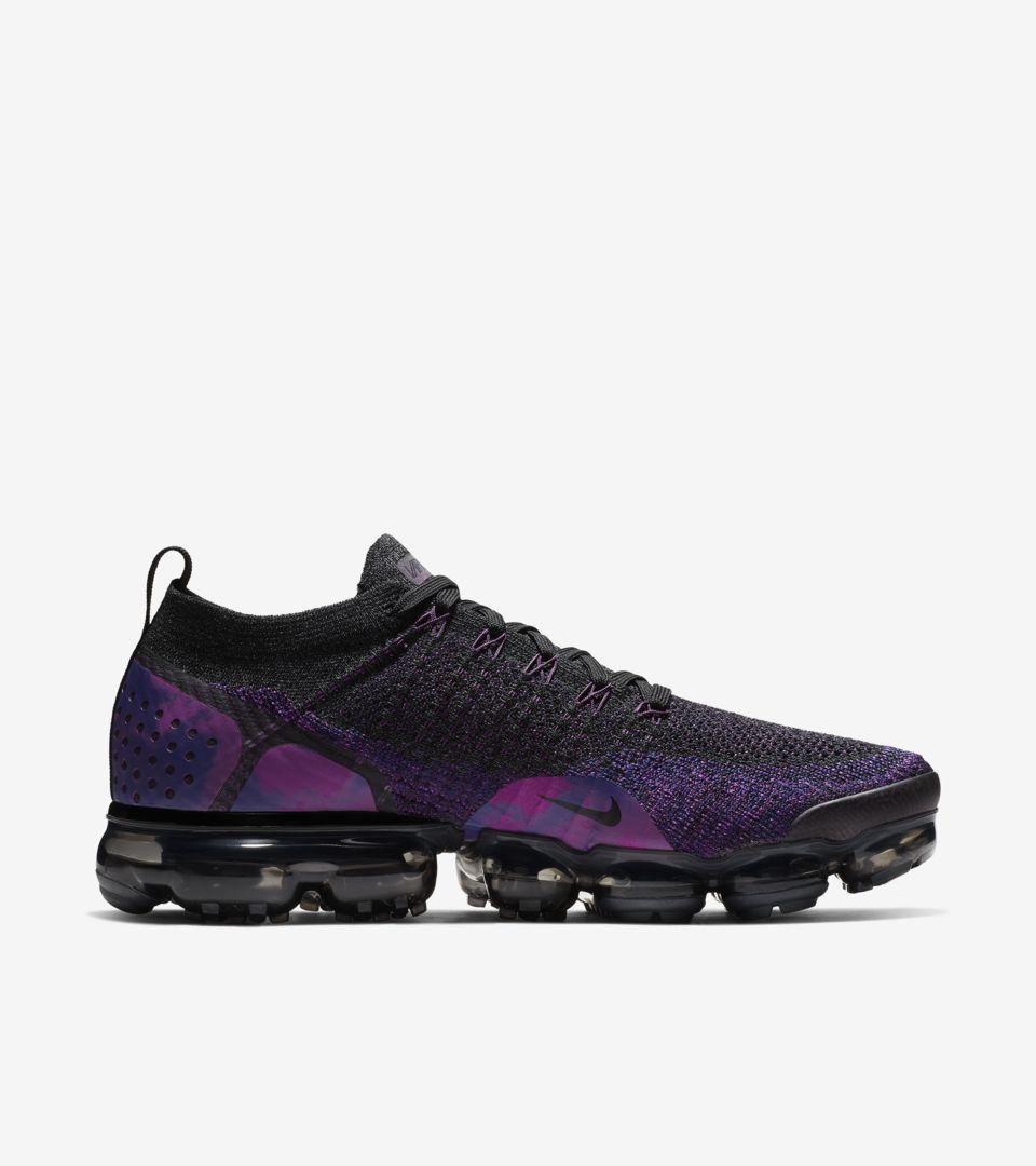 49dd9e5edb812 Nike Air Vapormax Flyknit 2  Black   Vivid Purple   Night Purple ...