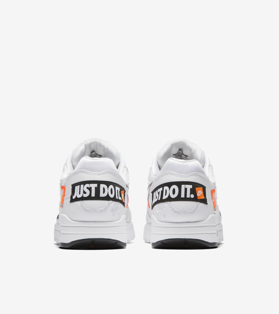 b7b8a13e71 Nike Air Max 1 Just Do It Collection 'White & Total Orange' Release ...