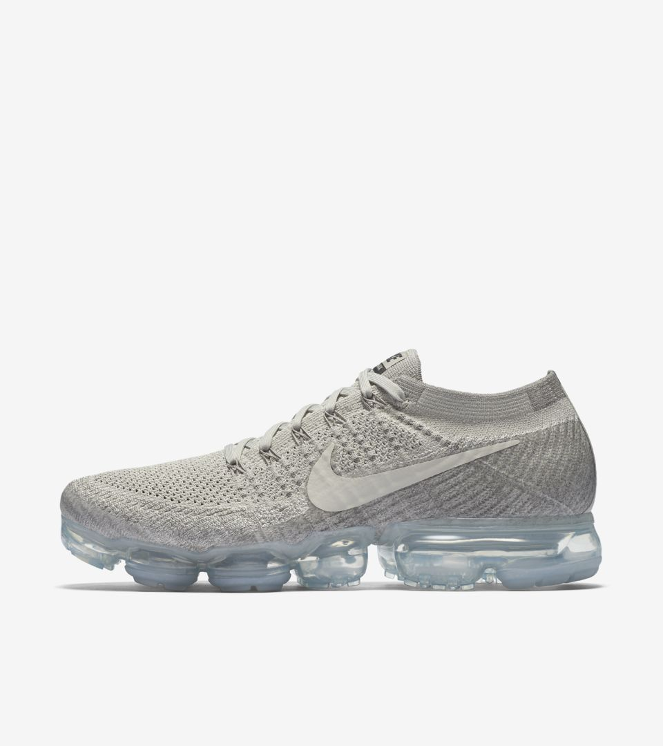 7bf863a49cd74 Nike Air Vapormax  Pale Grey . Nike⁠+ SNKRS
