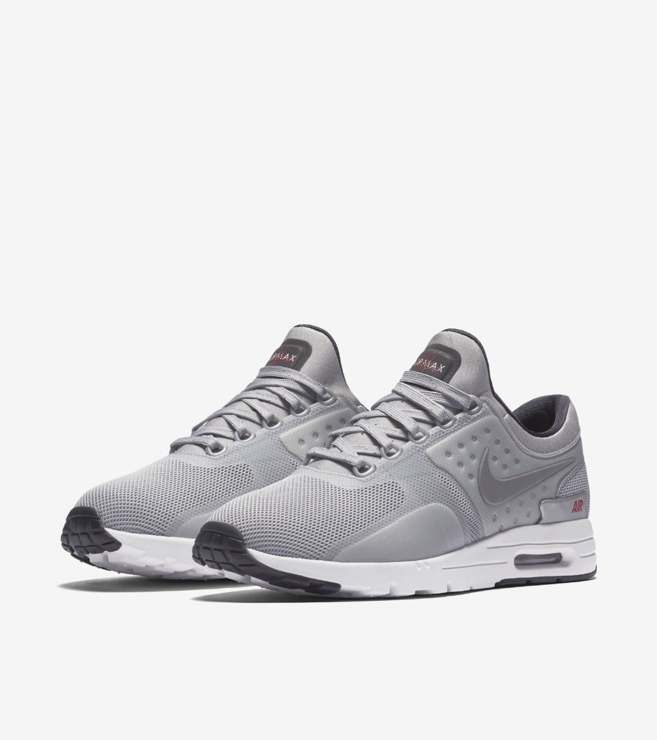 new style 24a48 4c346 SILVER.  150. WMNS AIR MAX ZERO ...